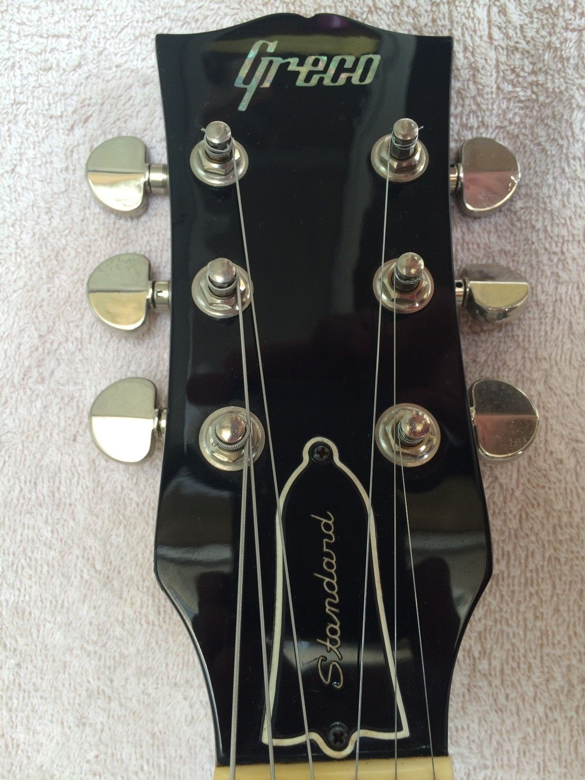Squier® Black And Chrome Standard Wiring A Vacuum
